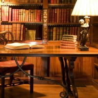 Библиотека проекта «Russian Imago» пополнилась двумя уникальными книжными сериями
